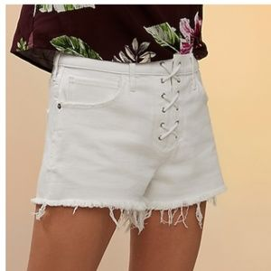 NWT Express Mid Rise Denim Shorts